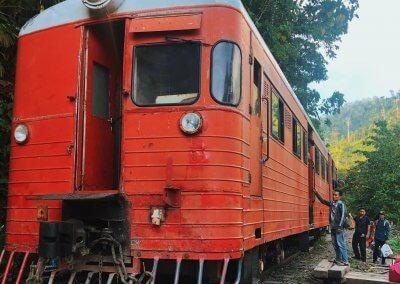 اقدم قطار بخاري بصباح نصف يوم من المتعة (12)