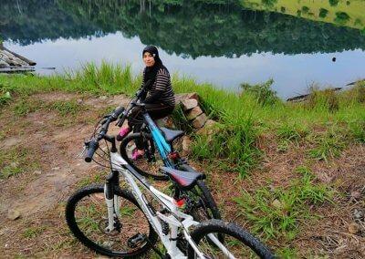 التنزه عند بحيرة Rimba Bayu (10)