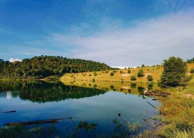 التنزه عند بحيرة Rimba Bayu (16)