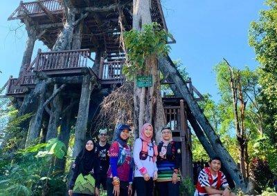 التنزه عند بحيرة Rimba Bayu (8)