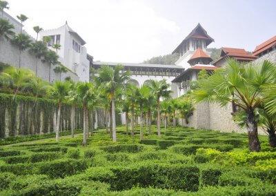 القصر الملكي بترينجانو Syarqiyyah Palace (12)