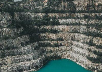 بحيرة بلون فيروزي في سيلانجور (12)