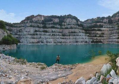 بحيرة بلون فيروزي في سيلانجور (6)