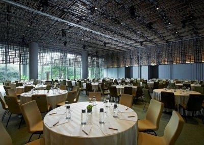 حديقة بابل المعلقة في بارك رويال سنغافورة (22)