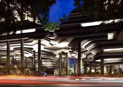 حديقة بابل المعلقة في بارك رويال سنغافورة (26)