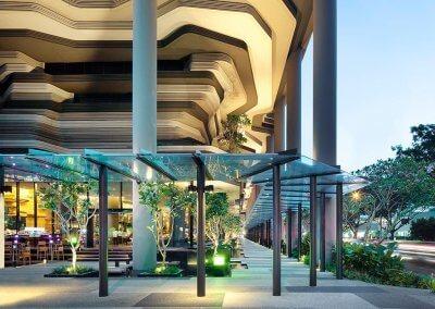 حديقة بابل المعلقة في بارك رويال سنغافورة (30)