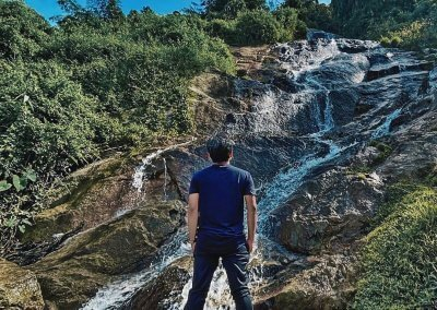شلال نهر الغزلان المخفي في جزيرة بينانج (2)
