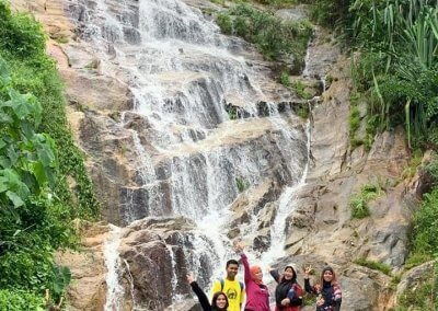 شلال نهر الغزلان المخفي في جزيرة بينانج (4)