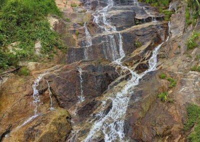 شلال نهر الغزلان المخفي في جزيرة بينانج (6)