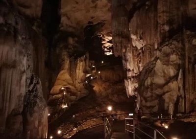كهف عمره 400 مليون سنة في ماليزيا (11)