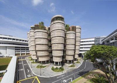 مبنى الخلية في جامعة نانيانغ السنغافورية (10)