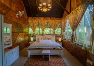 مكان جديد لمحبي التخييم في الغابات (2)