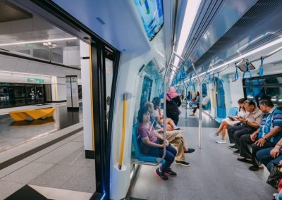 نظره على اول قطار MRT بطول 51 كيلو متر (7)