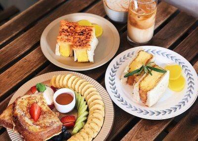 Sunday Coffee & Cakes Address: 14, Jalan Selera 1, Taman Bukit Indah, 58200 Kuala Lumpur. Operating hours: (DAILY) 9AM – 6PM