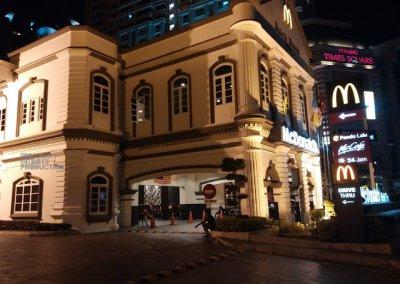 اجمل مبنى لماكدونالدز في ماليزيا (12)