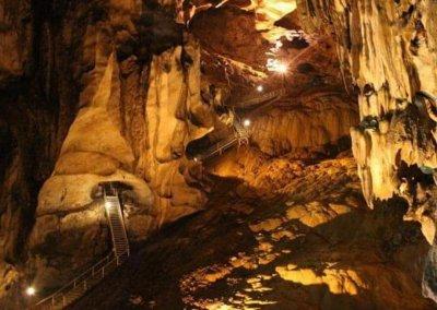 الاماكن السياحية والانشطة في ولاية بيراك (15)