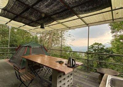 البقاء بين الاشجار في هذه الطبيعة المذهلة في باهانغ (13)