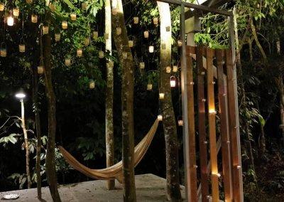 البقاء بين الاشجار في هذه الطبيعة المذهلة في باهانغ (5)
