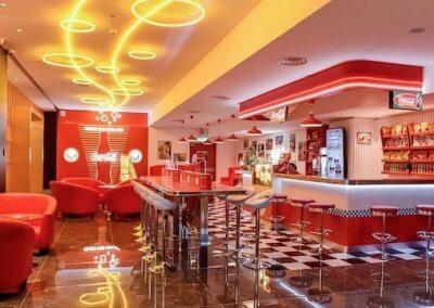 اول مقهى كوكا كولا في العالم بجوهور (8)