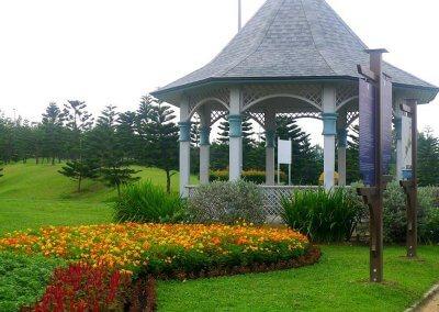 حديقة ذات طراز أوروبي مخبأة في بوتراجايا (5)