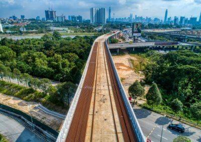 خط السكك الحديدية بوتراجايا MRT (25)