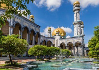 دولة بروناي الـ 5 عالميا بمعدل مستوى الفرد (9)