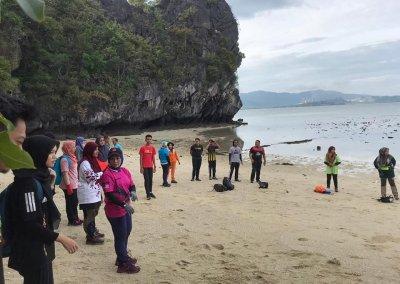 شاطئ الجماجم البيضاء المخفي في لنكاوي (27)