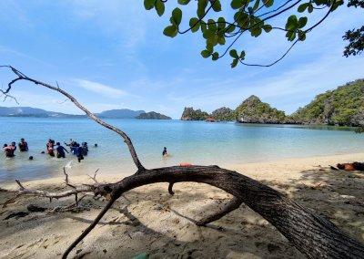شاطئ الجماجم البيضاء المخفي في لنكاوي (34)