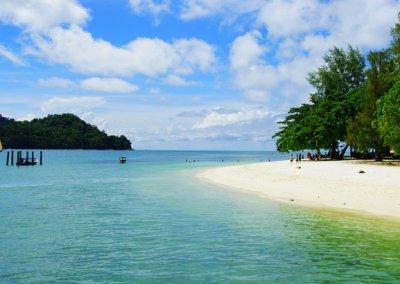 شاطئ الجماجم البيضاء المخفي في لنكاوي (35)