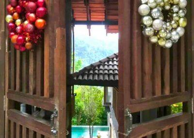 فندق داخل غابة يبعد ساعه عن كوالالمبور (1)