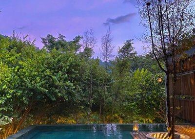 فندق داخل غابة يبعد ساعه عن كوالالمبور (43)