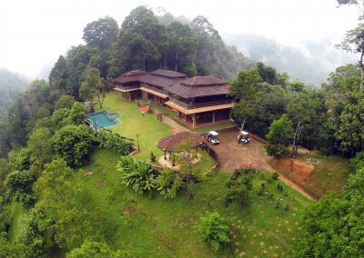 فيلا تقع في اعماق الغابات الاستوائية (2)