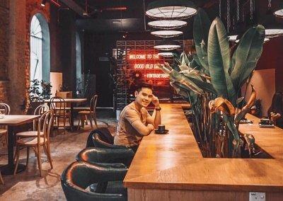 لمحبي التراث اليكم مقهى يحاكي الطراز القديم (2)