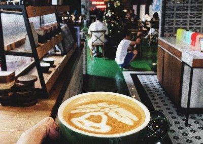 لمحبي التراث اليكم مقهى يحاكي الطراز القديم (33)