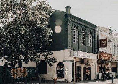 لمحبي التراث اليكم مقهى يحاكي الطراز القديم (4)