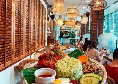 مطعم مخفي بين السفارة العراقية والامريكية (44)
