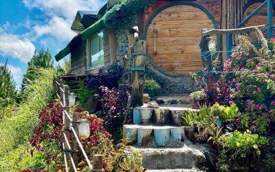 منزل الهوبيت المتواضع في كوتا كينابالو