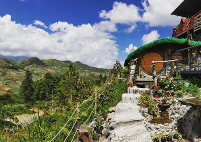 منزل الهوبيت المتواضع في كوتا كينابالو (5)