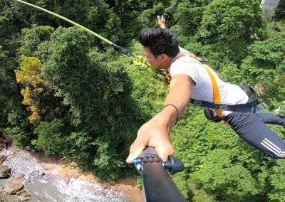 هل تملك الشجاعة الكافيه لهذا النوع من القفز (2)