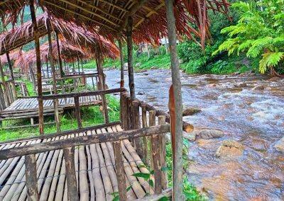 هل جربت العيش مع سكان ماليزيا الاصليين (1)
