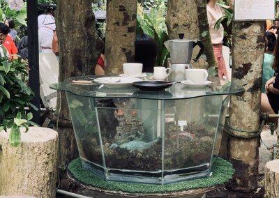 هل جربت تناول القهوة داخل غابة (14)