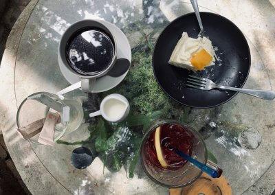 هل جربت تناول القهوة داخل غابة (9)